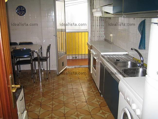 Piso en leon piso en zona san claudio proximo paseo de for Alquiler pisos navatejera