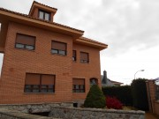 Chalet Individual Con Parcela 900 M2 Zona San Andres Rabanedo